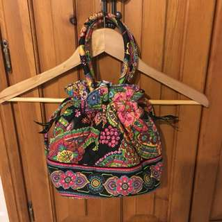 Vera Bradley Cinch Purse with pockets inside and side pockets