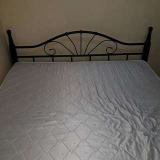 Salem Bed Queen Size