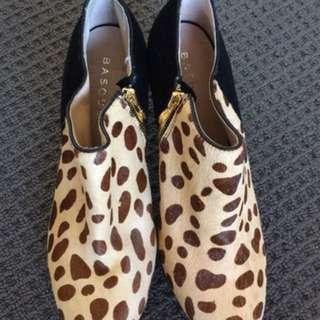 Basque mid cut boots heels