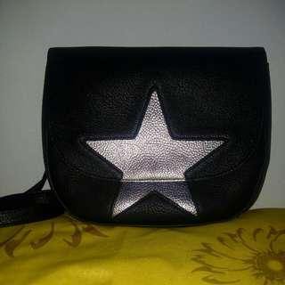 Sling bag stradivarius black silver star