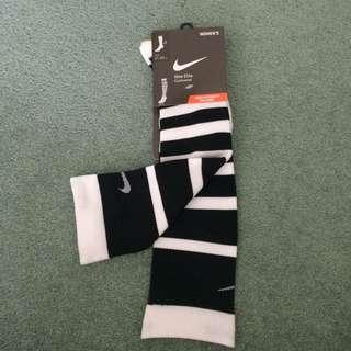 Nike high intensity socks BNWT