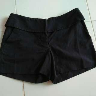Navy Black Short Pantz size 6