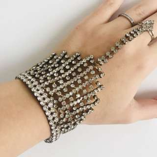Diamond hand jewellery , ring connected to bracelet