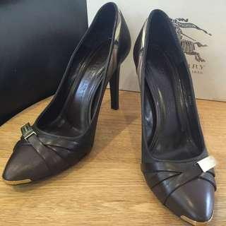Authentic Burberry Heels Size 39