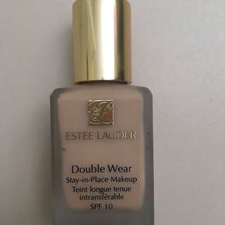 Estée Lauder Double Wear Foundation SPF10 ECRU