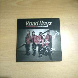 Signed Roadboyz Album