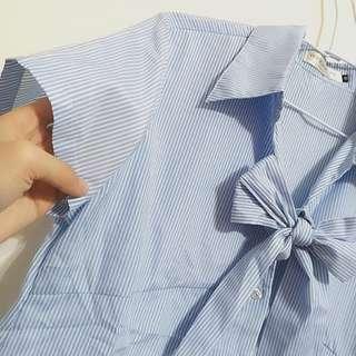 直條紋綁帶襯衫