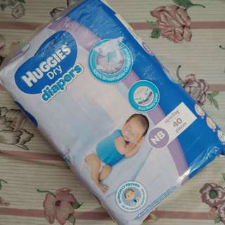 Huggies Newborn 40pcs.