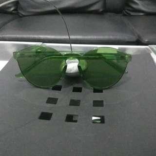 kacamata import baru