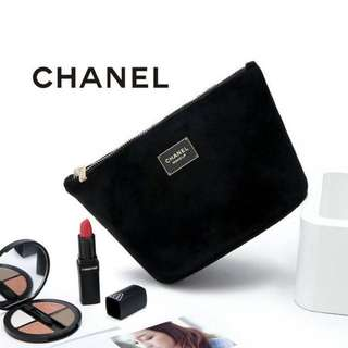 BRAND NEW GENUINE CHANEL GIFT WITH PURCHASE GOLD CHAIN BAG