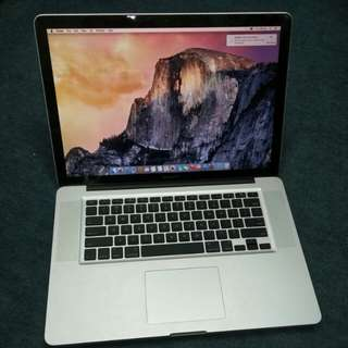 "99% new 15"" Macbook Pro 8GB Ram w/ new battery"