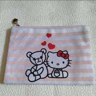 Hello Kitty X Samantha Thavasa Pouch