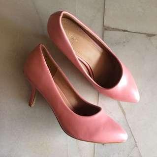 Zalora basic pink mid heels