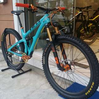 Yeti SB4.5C with Hexis Bodyfence PPF