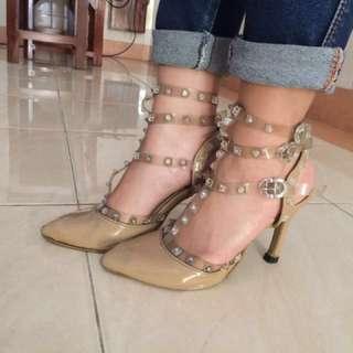 high heels andre valentino