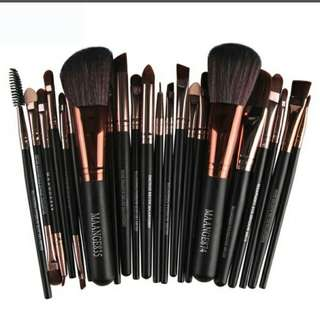 (PO)FREE DELIVERY Makeup 20 brushes/ 7 brushes/ 5 brushes set tools