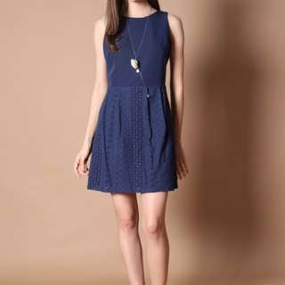 Thestagewalk dress blue bn