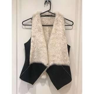 Seduce Faux Fur Vest Size 6/8