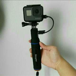 GoPro 2 in 1 power bank selfie handle !!!!
