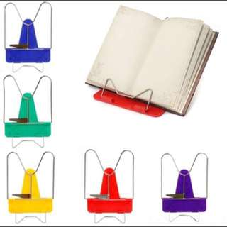 📚Adjustable book holder📚
