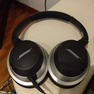 Bose AE2 headphone
