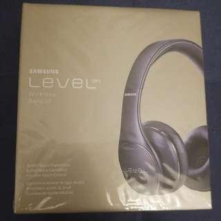 Samsung level on noise canceling wireless Bluetooth headphones