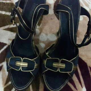 Louis Vuitton Heels Authentic