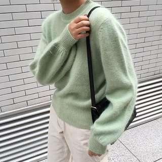 少量!色系都美的毛絨絨保暖針織毛衣