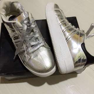 Silver Sneakers Original by Fly