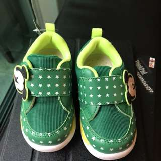 BNWT Mickey boys shoes
