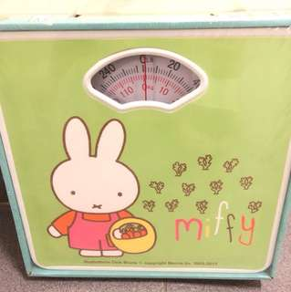 Miffy bathroom scale