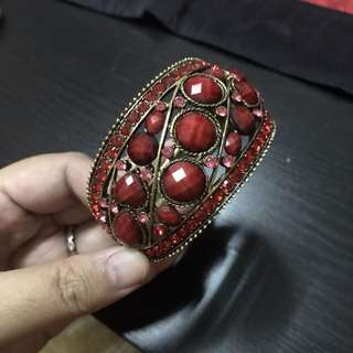 Red and gold bangle