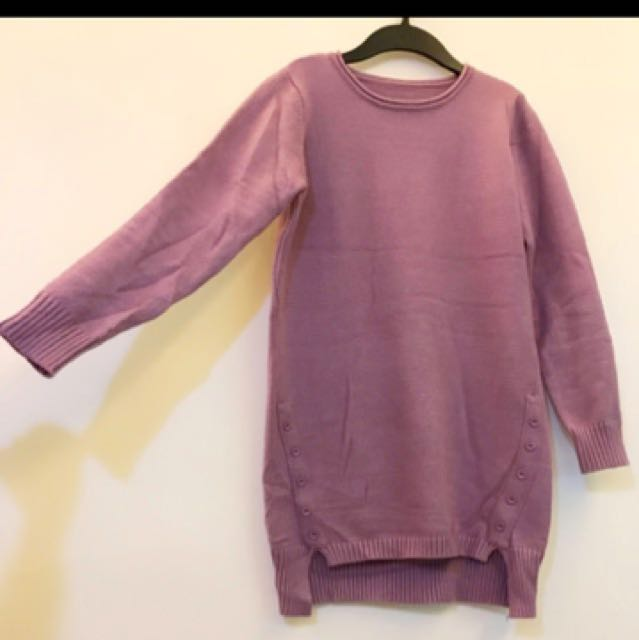粉紫色上衣