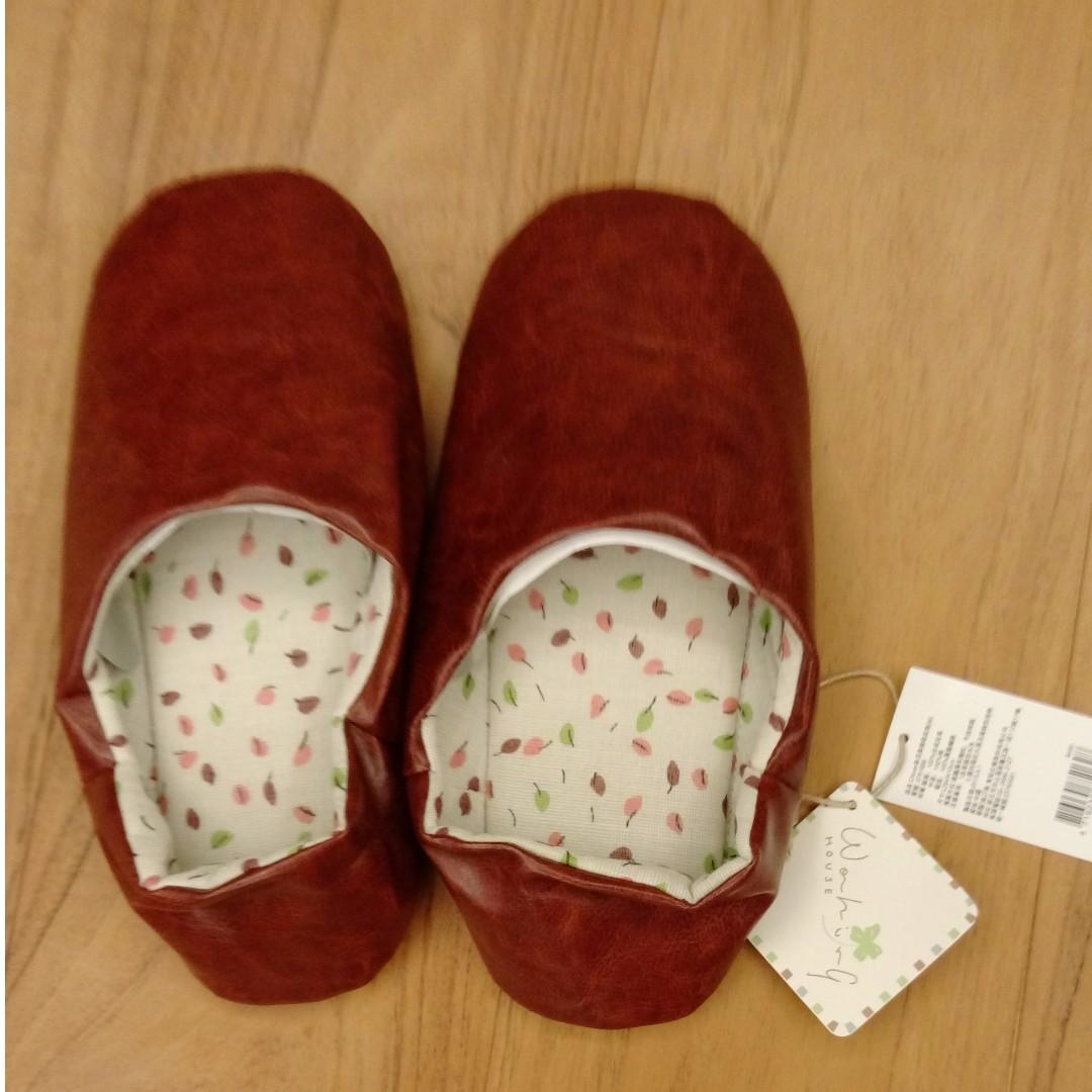 皮質室內保暖舒適拖鞋