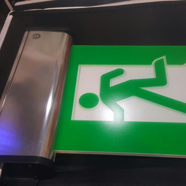 出口標示燈