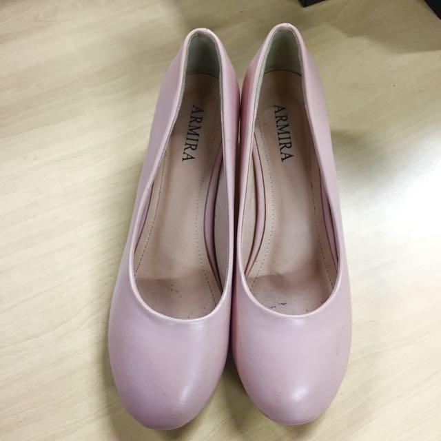 Armira shoes
