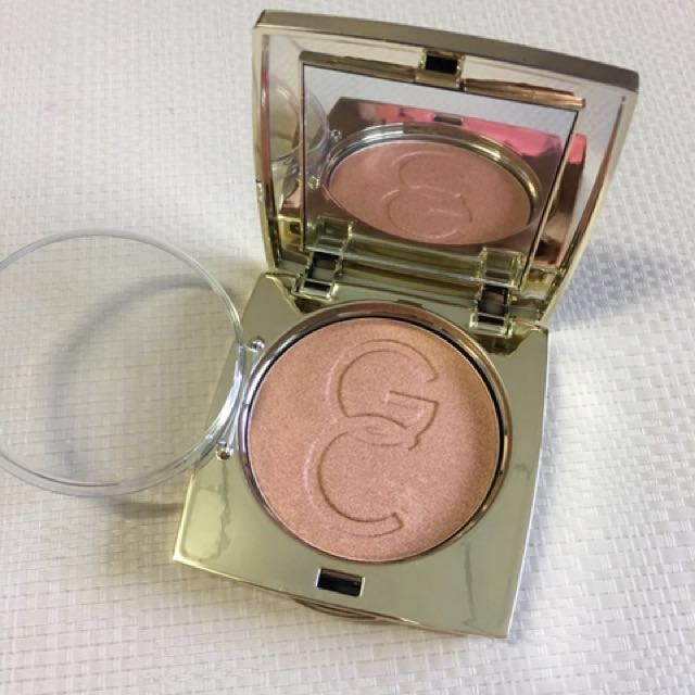 Authentic Gerard Cosmetics Star Powder in Lucy