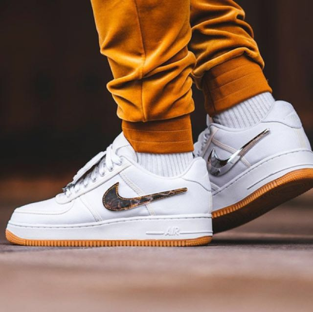 Authentic Nike Air Force 1 x Travis Scott Cactus Jack 11fd8f395