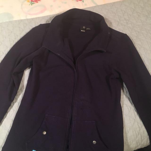 Bench sweater medium