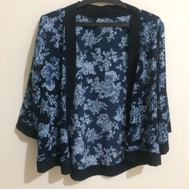 Blue flower outer