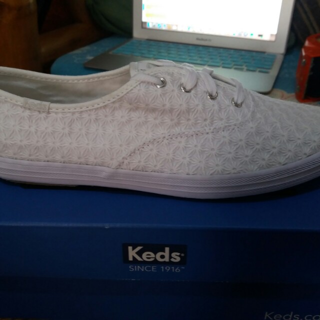 BNew Keds Daisy Sneakers