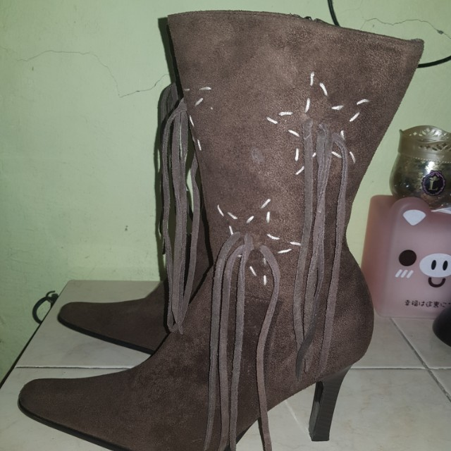 Brown Boots (Size 7)