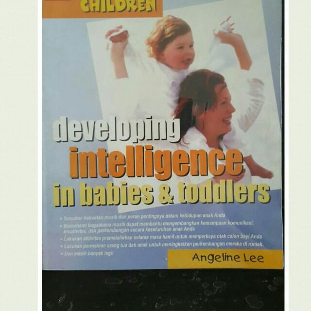 Buku Mengembang kan inteligens anak dan balita