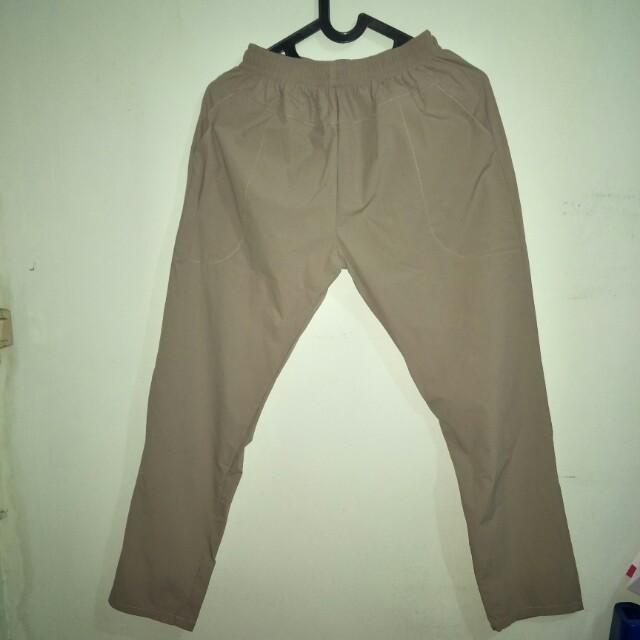 Celana Parasut