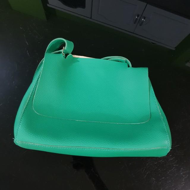 Cln green bag