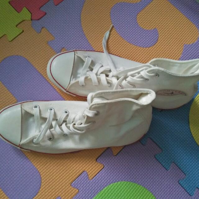 Converse highcut shoes(original)size 7