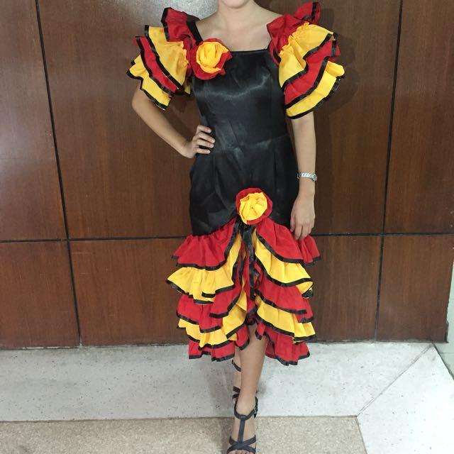 cuban/hispanic attire