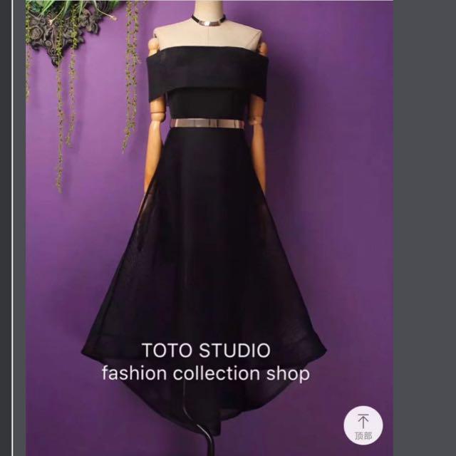 Dress hitam size M