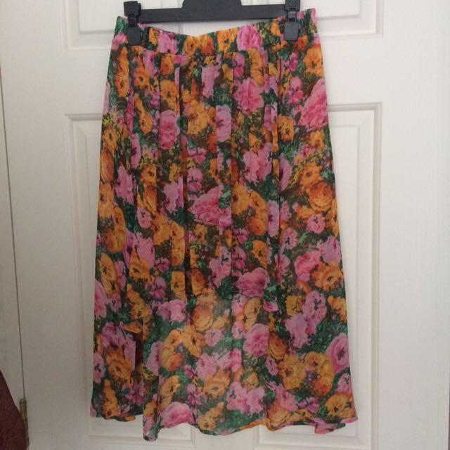 Floral hi-low skirt size 8