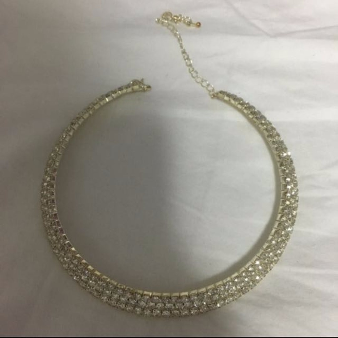 FREE NM - Unworn Crystal Choker Sliver Necklace - bling bling